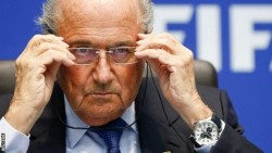 Takut Ditangkap, Sepp Blatter Tak berani Keluar Dari Swiss