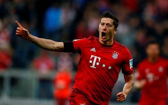 Lima Gol Robert Lewandowski Hancurkan Wolfsburg