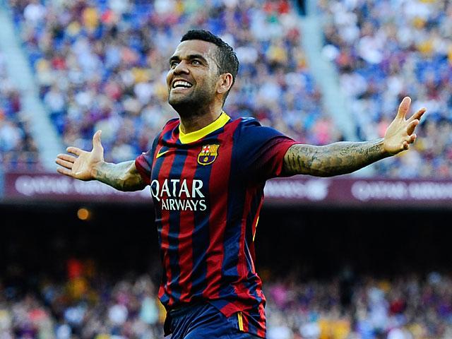 Dani Alves Berharap Messi Absen di El Clasico