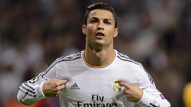 Ronaldo Akan Kembali Ke MU Sebelum Gantung Sepatu