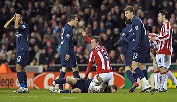 Prediksi skor Stoke Vs Arsenal 17 Januari 2016